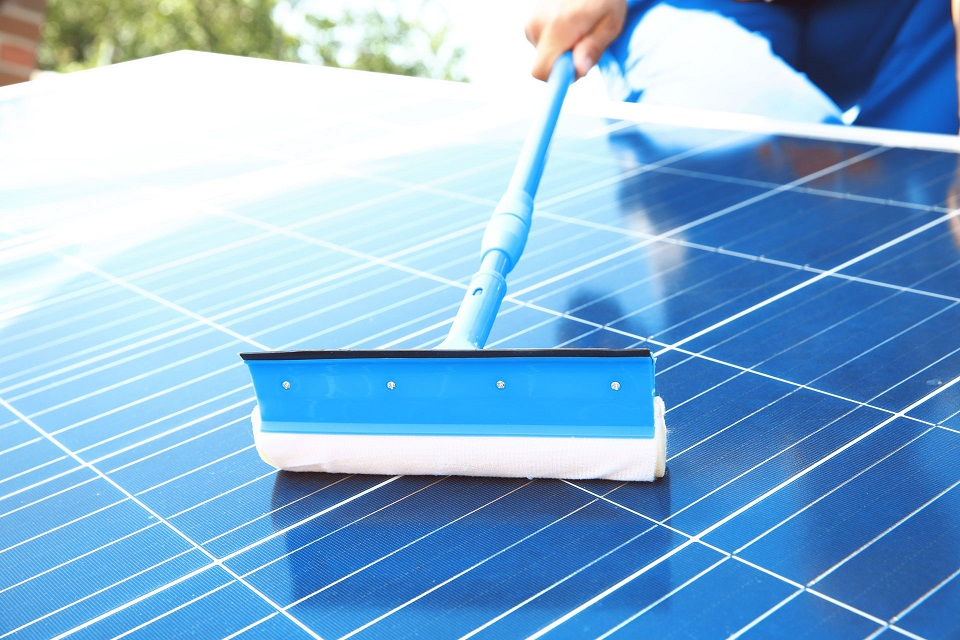 Solar Panel Servicing and Maintenance